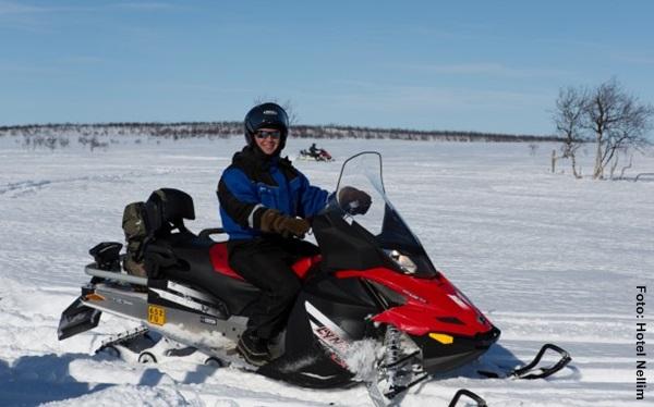 Snowmobil Tour