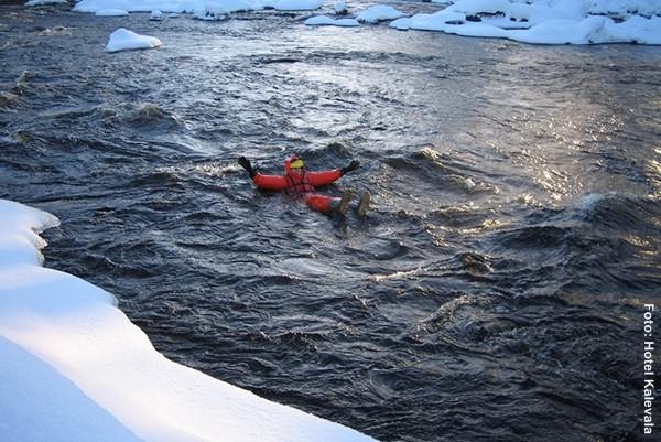 Finnland Winterschwimmen Eisbaden
