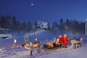 Glasiglus Finnland, Weihnachtsmann Festhaus
