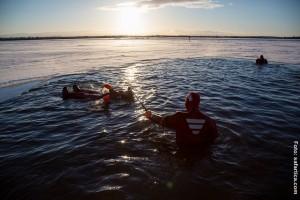 Eisschwimmen Finnland