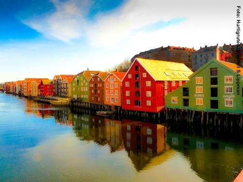 hurtigruten postschiffreisen norwegen 2019 2020. Black Bedroom Furniture Sets. Home Design Ideas