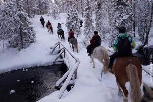 Lapland Huetten Wanderreiten