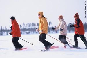 Finnland Winterreisen Schneeschuhwandern