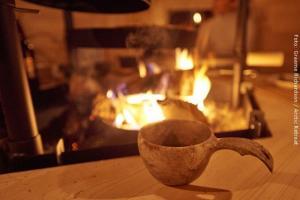 offenes Feuer in Hütte