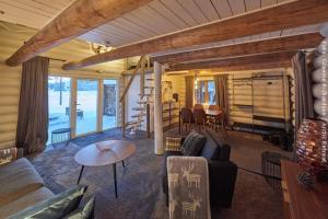 exklusive Holzfällerhütte