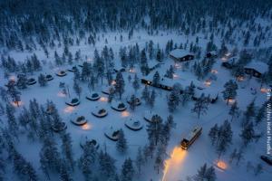 Nordlichthütten im Wildnishotel Muotka