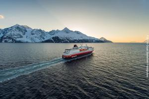 Hurtigruten Lyngenfjord