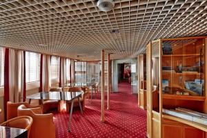Island Seereise Bibliothek