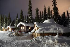 Schneemobil Safari Schweden - Hütten
