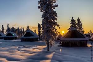 Nordlichter Hüttendorf Saariselka Lappland