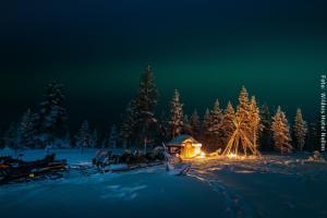 Hotel Muotka Lappland Lodge - Nordlichter Tour mit Schneemobil