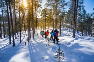 Hotel Muotka Lappland Lodge - Schneeschuhwanderung