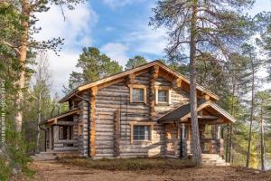 Blockhütte Kasari in Nellim