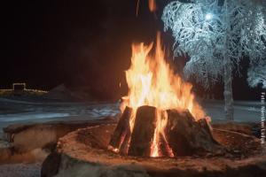 Lagerfeuer in der Norrsken Lodge