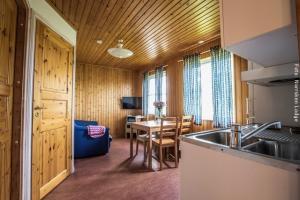 Norrsken Lodge Hütte
